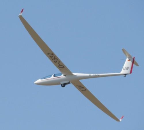 Glider - D-3532-01