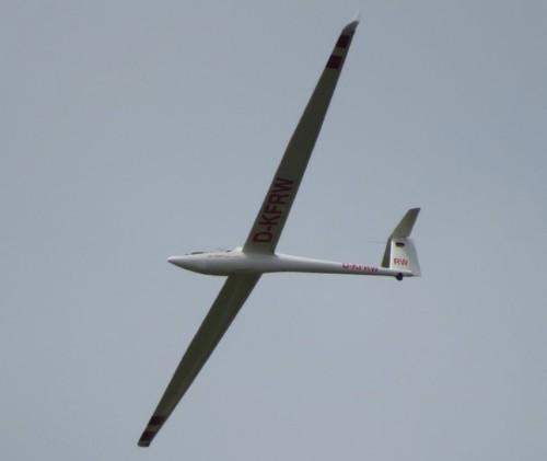 Glider - D-KFRW-03