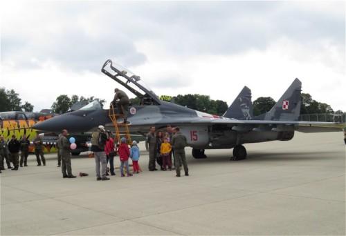 Poland - MiG-29UB-15-01