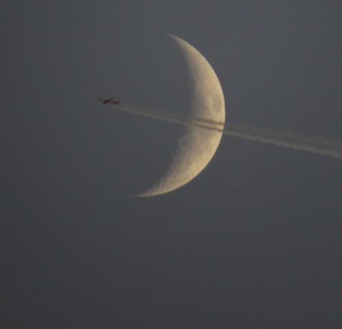 025 - 2016-Moon+AirBerlin