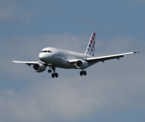 CroatiaAirlines02