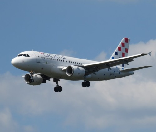 CroatiaAirlines03