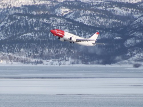 NorwegianAirShuttle03