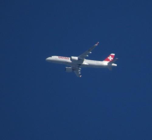 SwissAirInternational04