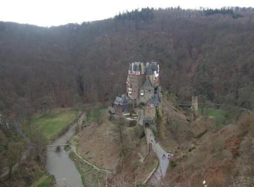 BurgEltz001-2007