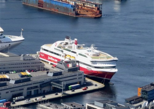 Ferry - fjordline - MS Bergensfjord