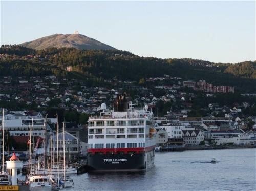 Hurtigruten - MS Trollfjord16