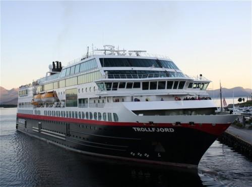Hurtigruten - MS Trollfjord20
