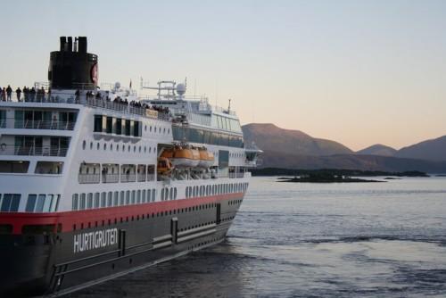 Hurtigruten - MS Trollfjord22
