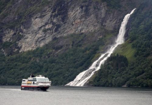Hurtigruten - MS Trollfjord27