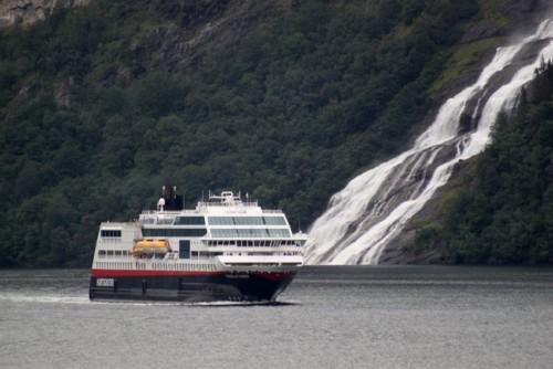 Hurtigruten - MS Trollfjord28
