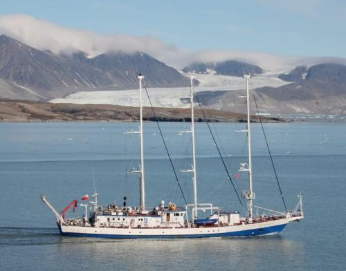 Sailing - Polish Academy of Sciences - RV Oceania01