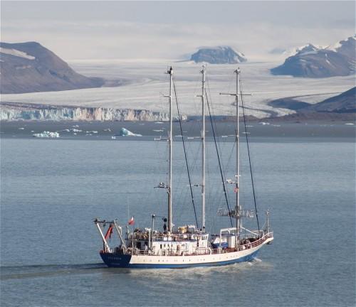 Sailing - Polish Academy of Sciences - RV Oceania02