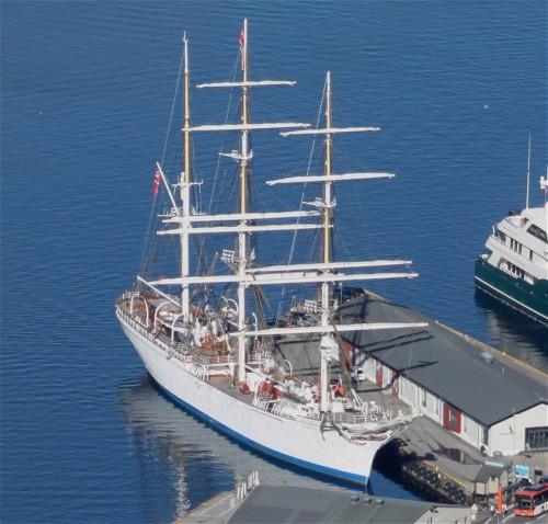 Sailing - Unknown - Statsraad Lehmkuhl01