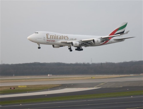 EmiratesSkyCargo01