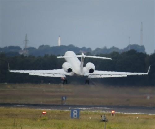 USA - GulfstramV-90402-02