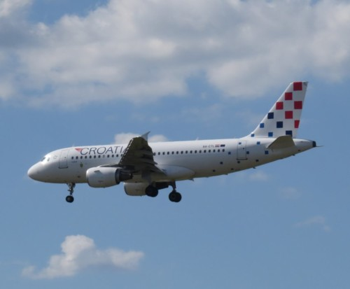CroatiaAirlines04