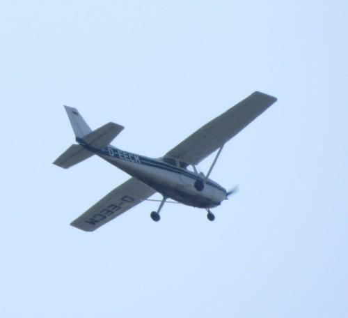 SmallAircraft-D-EECM-01