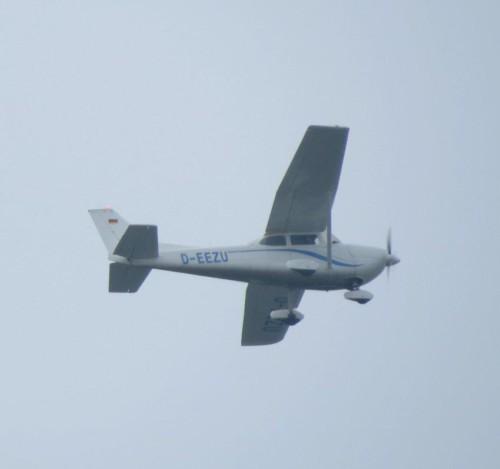 SmallAircraft-D-EEZU-01