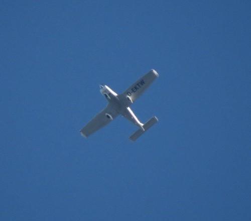 SmallAircraft-D-EKTW-01