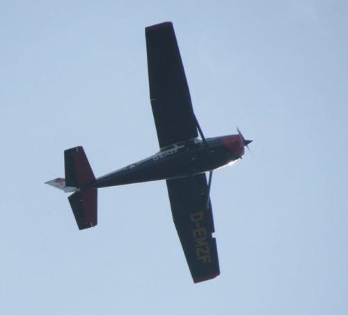 SmallAircraft-D-EMZF-01