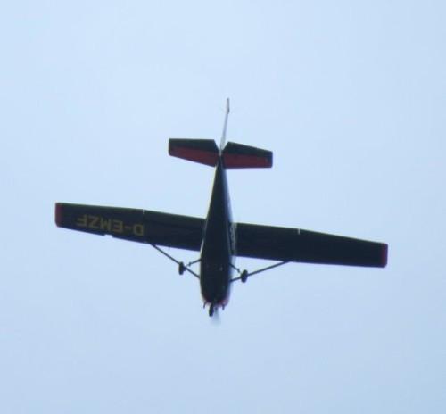 SmallAircraft-D-EMZF-02