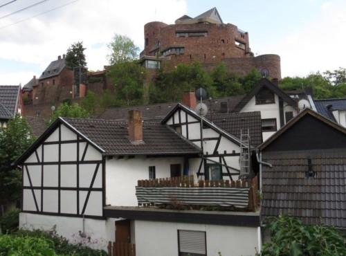 BurgHengebach002-2019