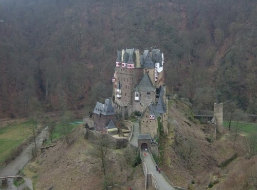 BurgEltz002-2007