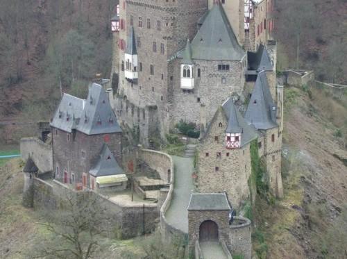 BurgEltz005-2007