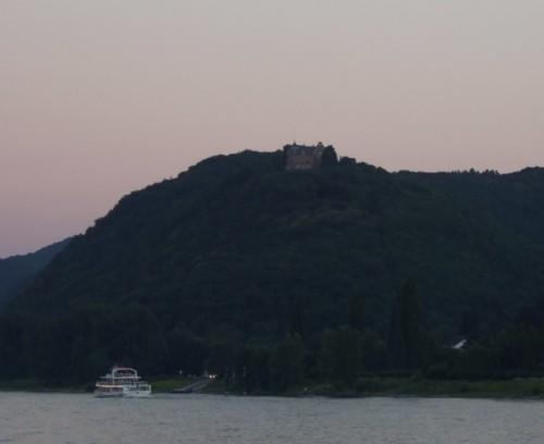 BurgRheineck002-2007
