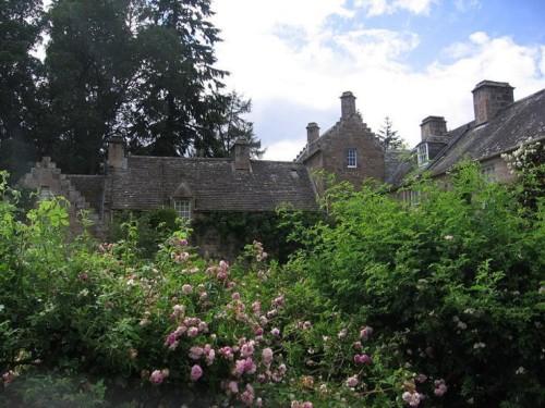 CawdorCastle002-2006