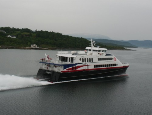 Ferry - Hurtigruten - Fjorddronningen01