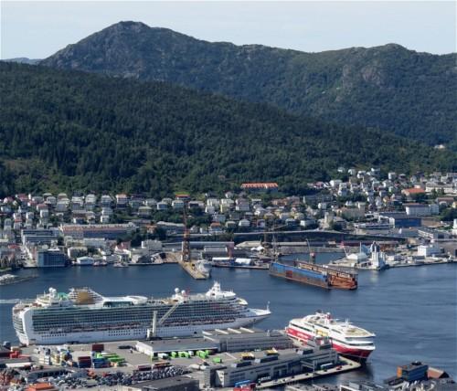 Ferry - fjordline - MS Bergensfjord01