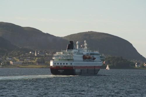Hurtigruten - MS Nordlys01