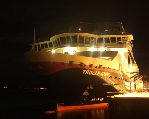 Hurtigruten - MS Trollfjord05