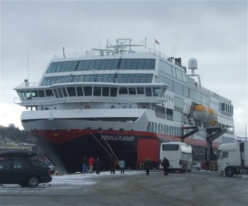 Hurtigruten - MS Trollfjord06