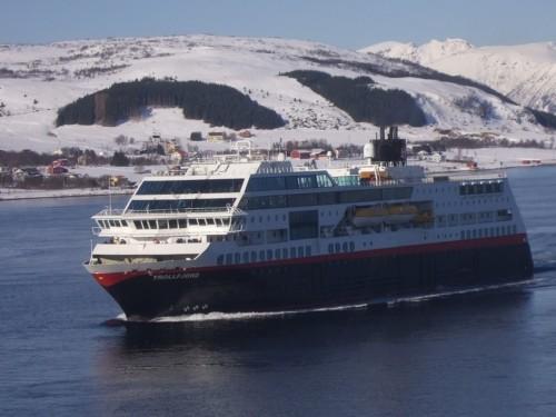 Hurtigruten - MS Trollfjord11