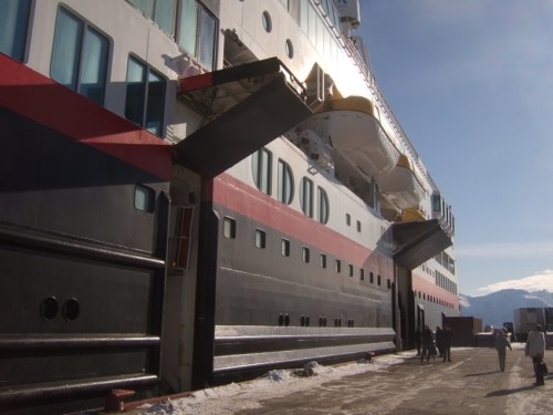 Hurtigruten - MS Trollfjord14