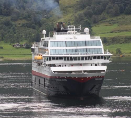 Hurtigruten - MS Trollfjord25